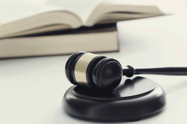 court-hammer-books-judgment-law-concept